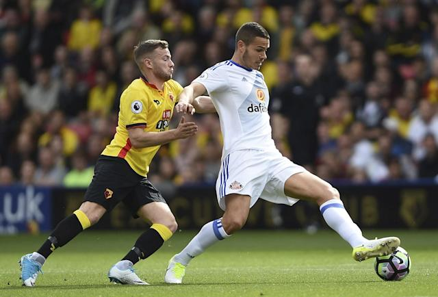 <p>Watford's Tom Cleverley, left, and Sunderland's Jack Rodwell during their English Premier League soccer match at Vicarage Road in Watford, England, Saturday April 1, 2017 </p>