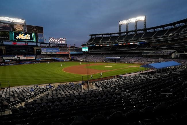 Billionaire hedge fund manager Cohen agrees to buy Mets