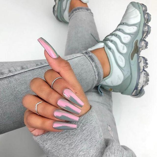 """<p>For grey nails that are anything but flat, try a metallic duochrome polish that reflects a different colour. </p><p><a href=""""https://www.instagram.com/p/BtWObS8AOPS/"""" rel=""""nofollow noopener"""" target=""""_blank"""" data-ylk=""""slk:See the original post on Instagram"""" class=""""link rapid-noclick-resp"""">See the original post on Instagram</a></p>"""