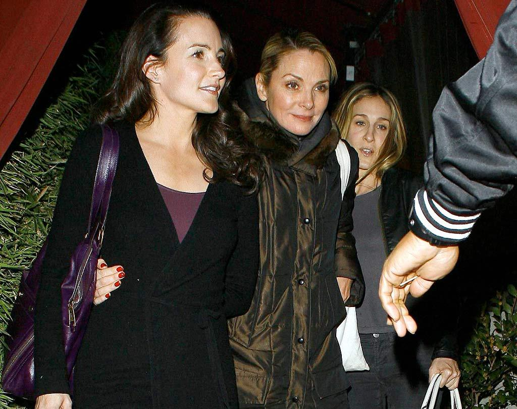 "Sex and Another City? Kristin Davis, Kim Cattrall, and Sarah Jessica Parker made the trip to the left coast to dine at celebrity hotspot Nobu in Malibu, CA. AlphaX/<a href=""http://www.x17online.com"" target=""new"">X17 Online</a> - December 11, 2007"