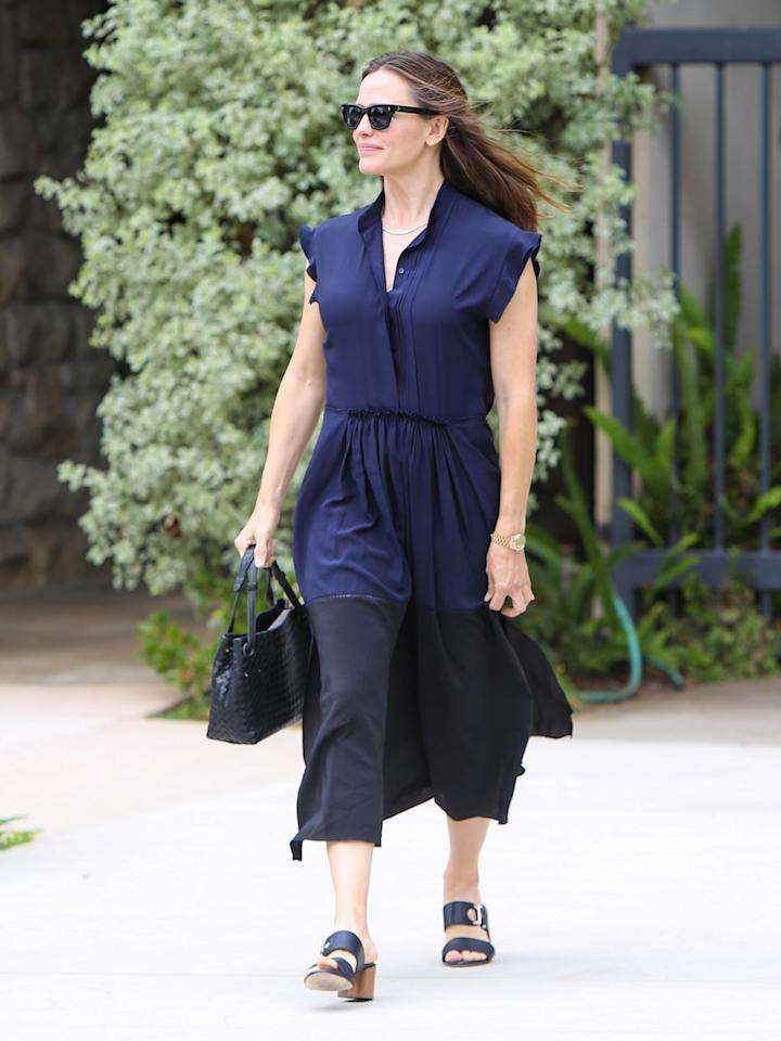 <p><strong>21 July </strong>Jennifer Garner in a navy ensemble in Los Angeles. <strong></strong></p>