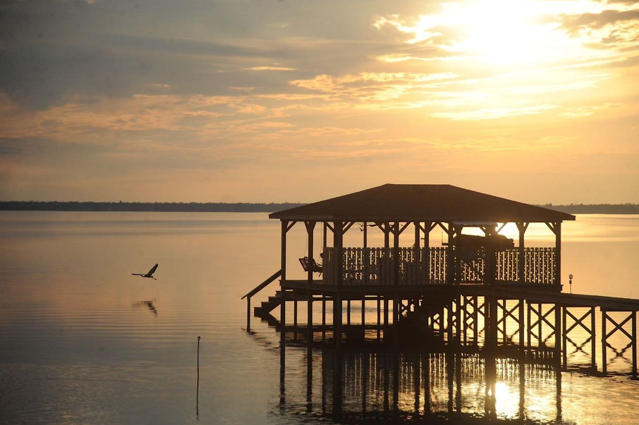 lake waccamaw guys If lake waccamaw was in  yellow perch and bluegill, redear and pumpkinseed sunfish from lake waccamaw, but the lake's hallmark  we have 16 guys who put $20.