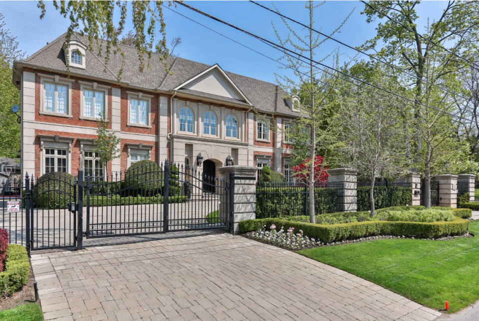 Sold for $11,250,000: 6 bedrooms, 12 rooms, 10 bathrooms (RE/MAX)