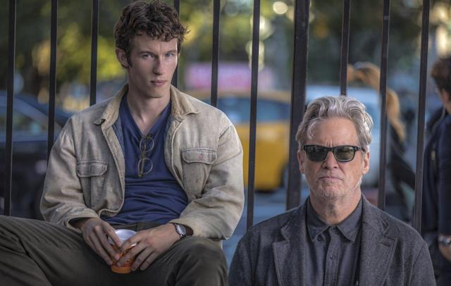 Callum Turner and Jeff Bridges in <em>The Only Living Boy in New York.</em> (Photo: Roadside Attractions)