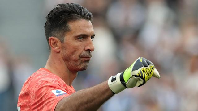 Gianluigi Buffon matched one record and broke another after being picked to line up for Juventus against Sampdoria in Serie A.
