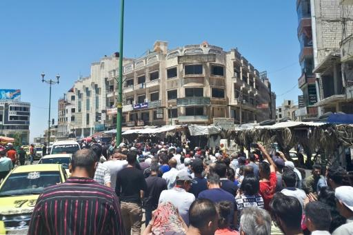 The rapid depreciation of the Syrian pound has sparked unprecedented criticism in government-held areas, including in the southern city of Sweida, where dozens have demonstrated since Sunday, boldly chanting against the president