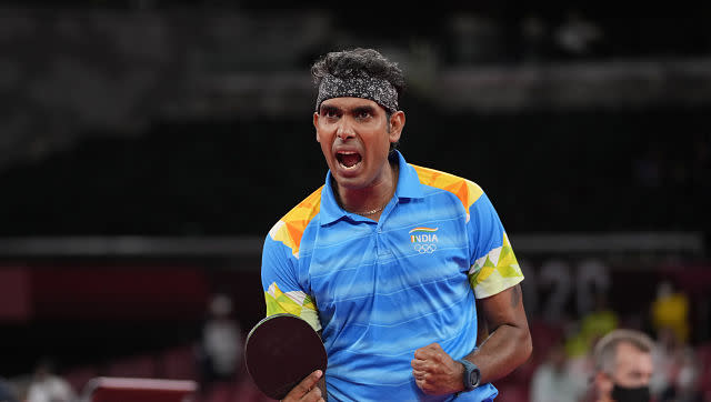 Although Indian paddler Achanta Sharath Kamal fought hard in the intial few moments of his round three men'ssingles game against China's Ma Long, he endured a 7-11, 11-8, 11-13, 4-11, 4-11 loss, which knocked him out. AP