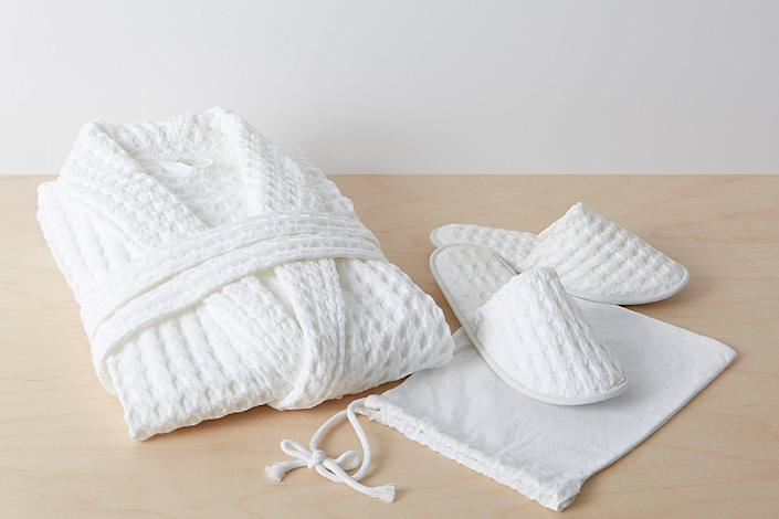 """Dads may not always treat themselves to the self-care splurges they deserve, which is why this cozy bundle from Allswell should be at the top of your gift list. The waffle weave is legit soft, and the robe is preshrunk. $103, Allswell Home. <a href=""""https://allswellhome.com/collections/robes-and-slippers/products/spa-bundle"""" rel=""""nofollow noopener"""" target=""""_blank"""" data-ylk=""""slk:Get it now!"""" class=""""link rapid-noclick-resp"""">Get it now!</a>"""