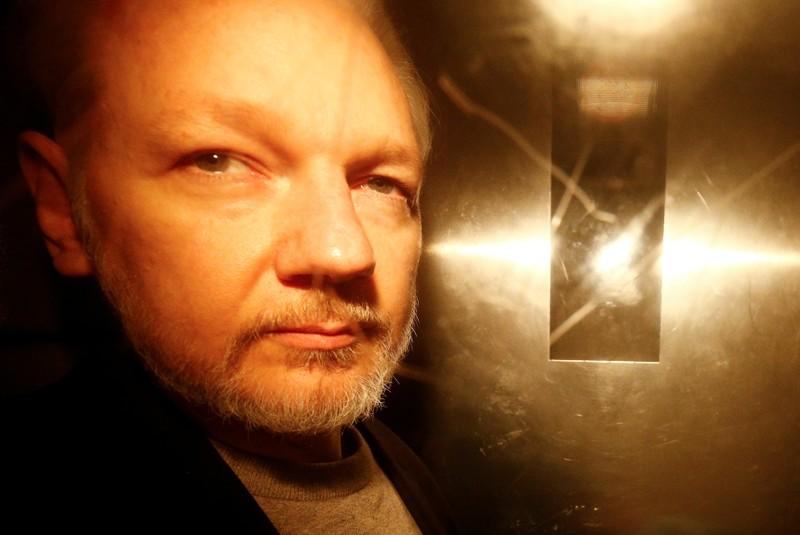 WikiLeaks founder Assange has unsuitable computer in jail, court told