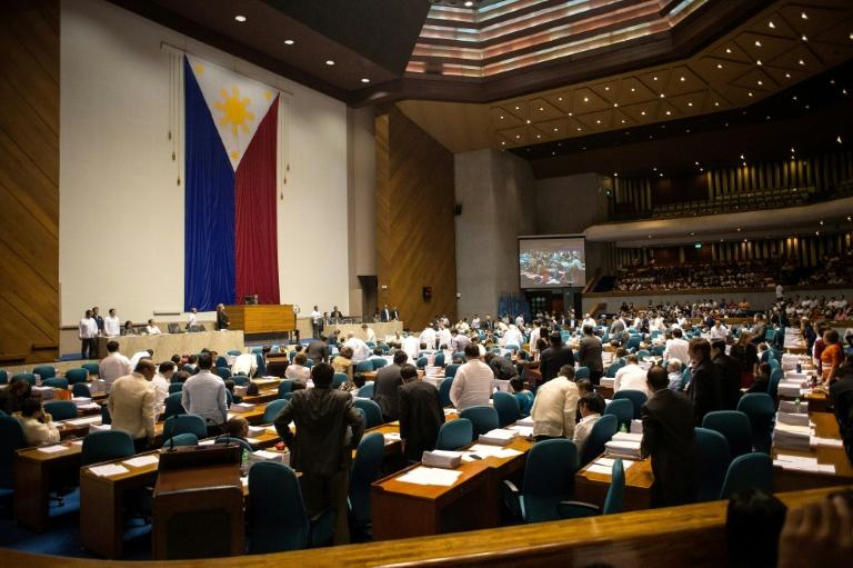 The lower house of the Philippine parliament votes on a bill reimposing the death penalty for narcotics trafficking, March 1, 2017