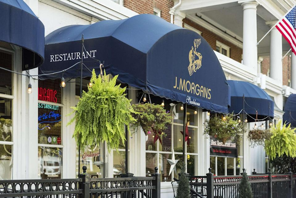 <p>Vermont's stay-at-home order expired on May 15 but restaurants remain closed. It's unclear when they will begin to reopen.</p>