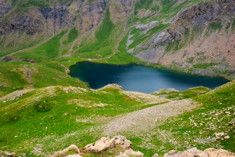 glacial lake in spain credit wikimedia commons
