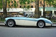 <p>The Austin-Healey 3000 is a touch larger and heavier than other British roadsters of its day. By today's standard, though, it's still a compact featherweight.</p>