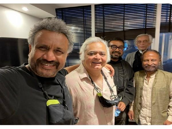 Anubhav Sinha poses with other filmmakers (Image source: Instagram)