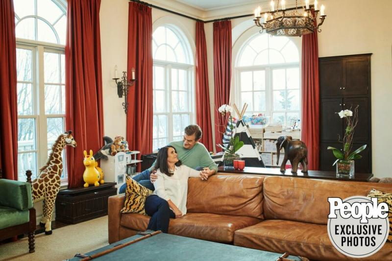 The couple picked up the elephant statue (on the table) on a trip to South Africa with Oprah Winfrey | Frédéric Lagrange