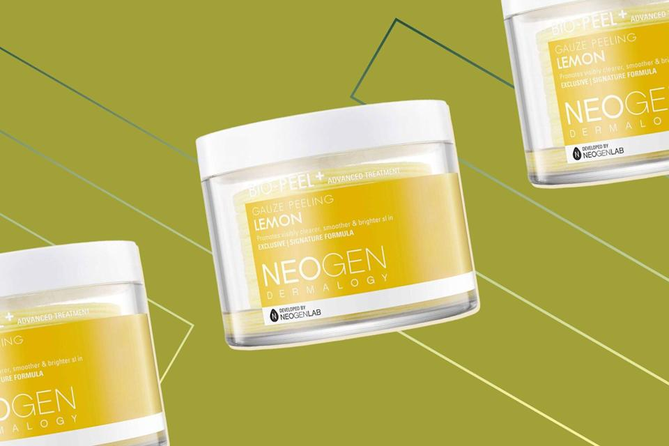 The Brand Behind That Viral Pore-Sucking Mousse Also Makes Top-Rated Exfoliating Pads