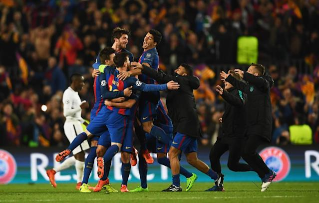 <p>Barcelona players celebrate victory after the UEFA Champions League Round of 16 second leg match between FC Barcelona and Paris Saint-Germain at Camp Nou on March 8, 2017 in Barcelona, Spain. Barcelona won by 6 goals to one to win 6-5 on aggregate. (Photo by Laurence Griffiths/Getty Images) </p>