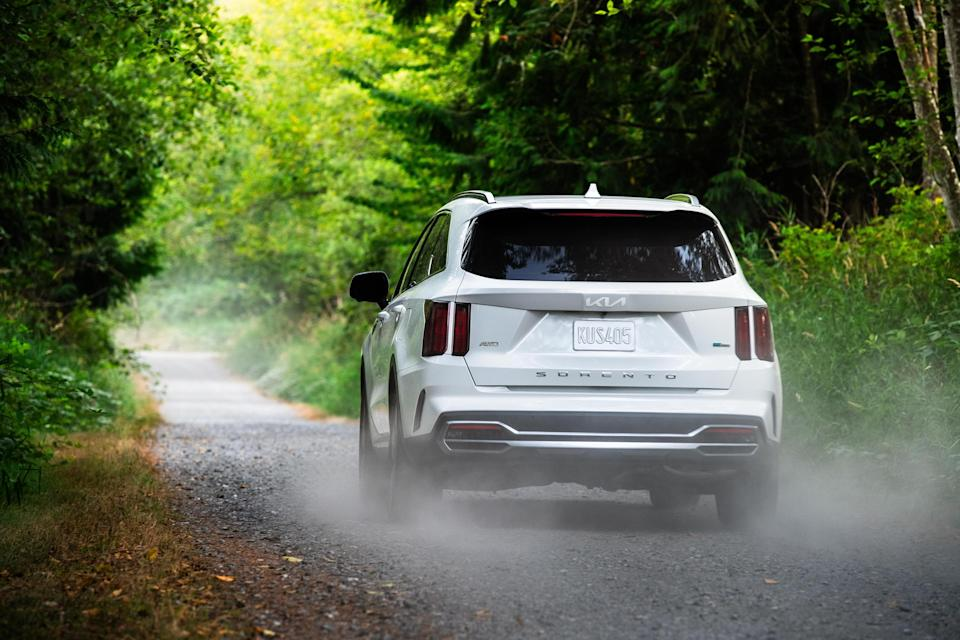 The 2022 Kia Sorento PHEV has an EPA-estimated 32-mile pure electric driving range, the best of any 3-row PHEV SUV and an EPA-estimated total range of 460 miles.