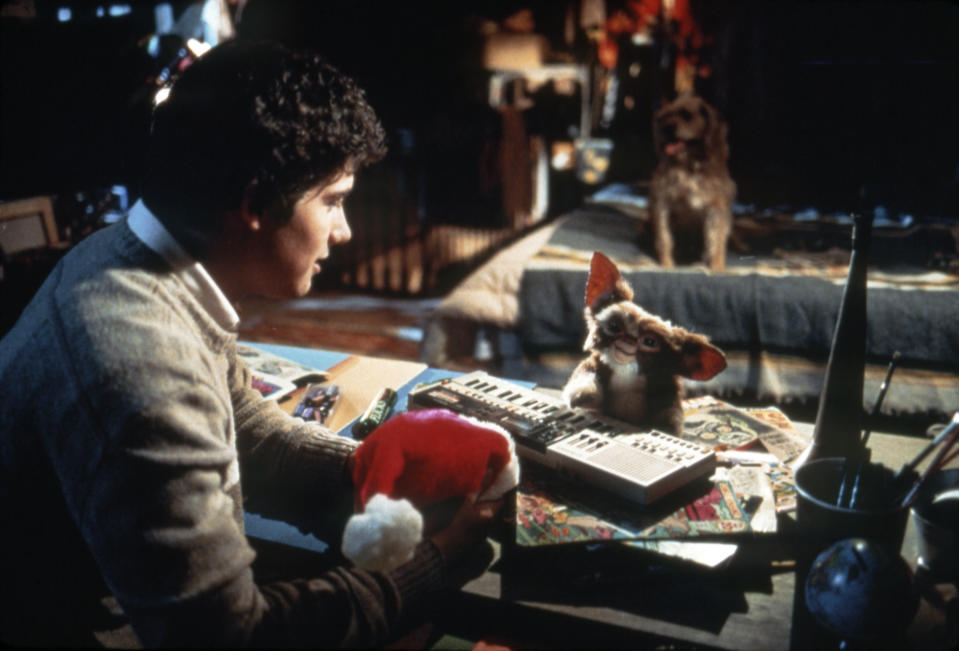 American actor Zach Galligan on the set of Gremlins, directed by Joe Dante. (Photo by Warner Bros. Pictures/Amblin E/Sunset Boulevard/Corbis via Getty Images)