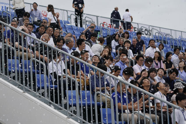Fans were treated to snow in Tokyo - despite it being 25 degrees celcius. (Photo by Toru Hanai/Getty Images)