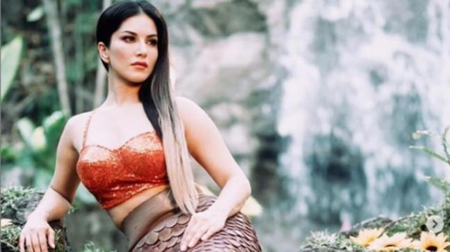 Sunny Leone delighted her fans by sharing pictures of herself from a recent photo shoot. The Ragini MMS 2 actress turned into a mermaid for the shoot.