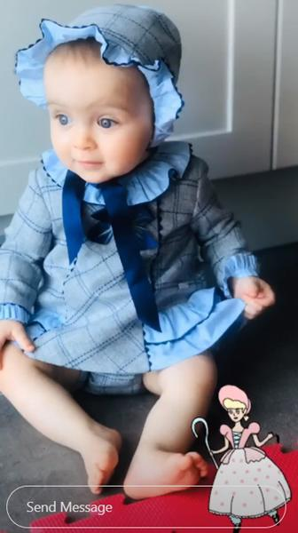 mia-in-cute-outfit-