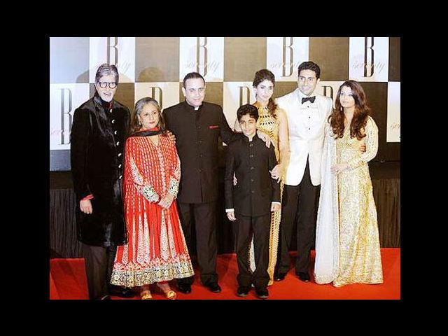<b>3. Nikhil Nanda and Shweta Bachchan</b><br>Speaking of top profile weddings, the betrothal of Escorts Group JMD, Nikhil Nanda (grandson of Raj Kapoor) and Big B's daughter Shweta Bachchan also made huge news in 1997. The wedding was a private affair, with a grand reception later. And after son Abhishek married former beauty queen Aishwarya Rai, the Bachchans are now a complete family.