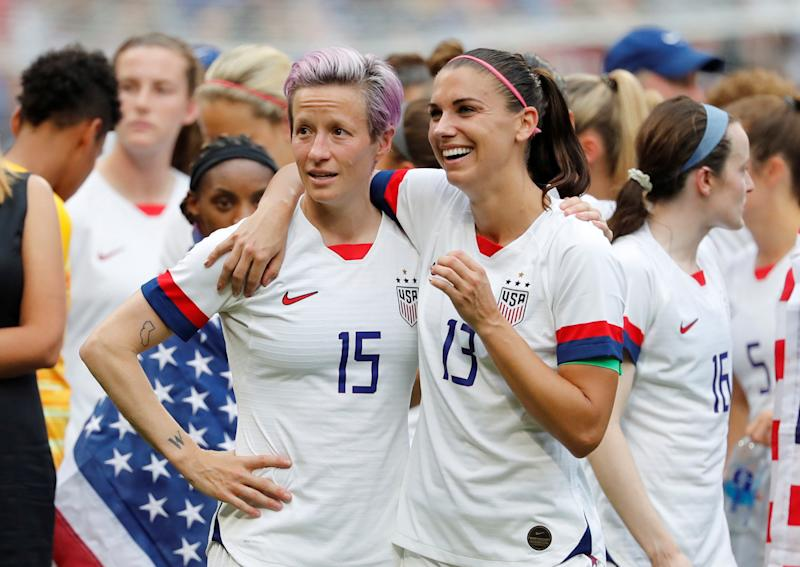 If U.S. men's national team players negotiated collectively alongside Megan Rapinoe (15), Alex Morgan and the USWNT, it would become easier to achieve what Australia has achieved. (REUTERS/Bernadett Szabo)