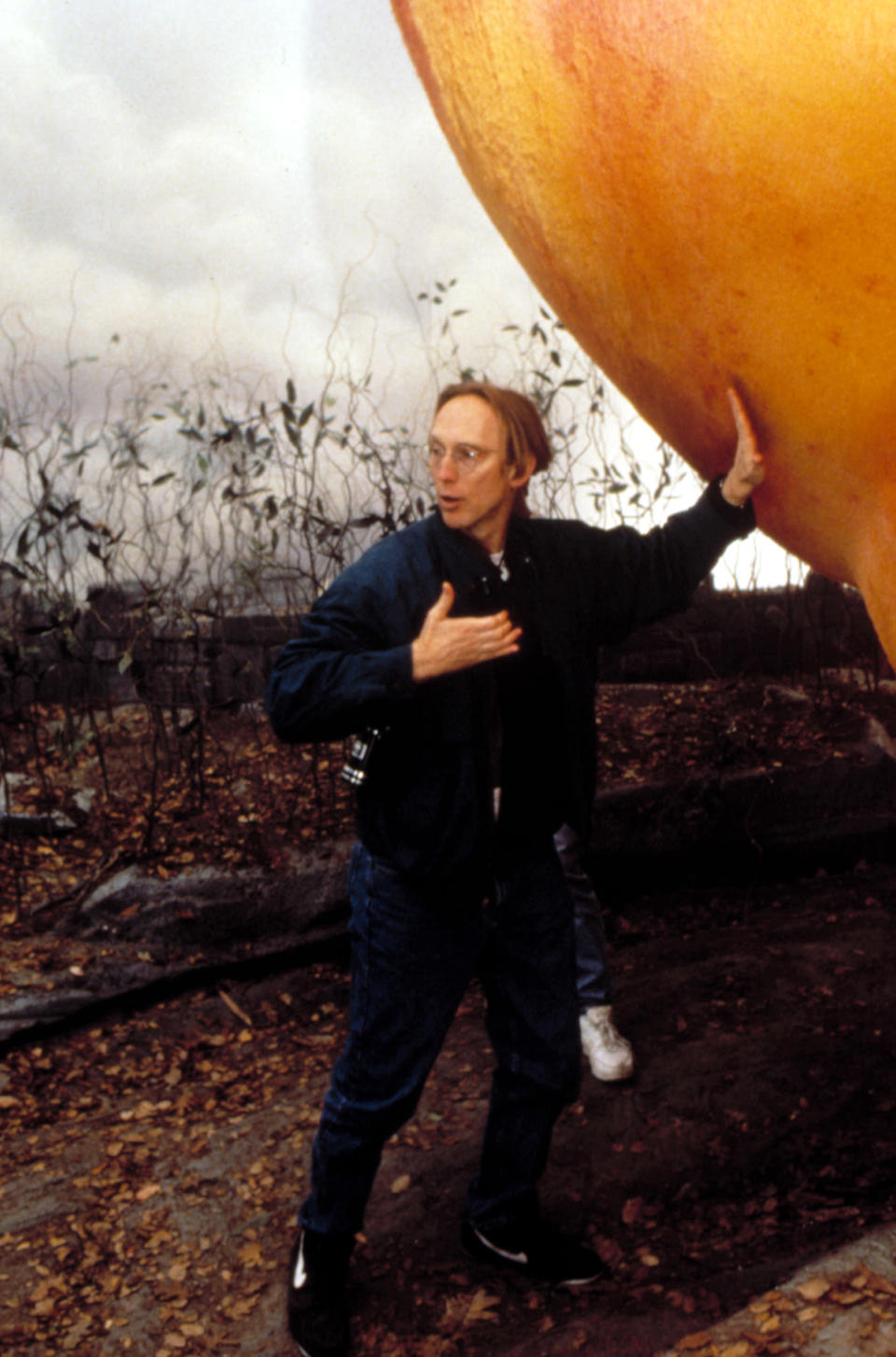 Director Henry Selick on the set of <em>James and the Giant Peach</em> (1996), his follow-up to <em>The Nightmare Before Christmas.</em> (Image: Everett Collection)