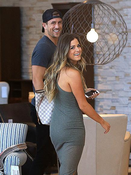 The Bacheloretteu0027s JoJo Fletcher And Jordan Rodgers Spotted Furniture  Shopping U2013 And Grabbing Chipotle! 