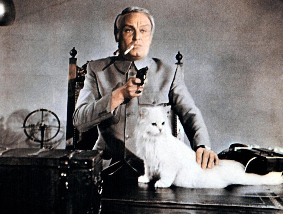 Charles Gray-Blofeld-Diamonds Are Forever