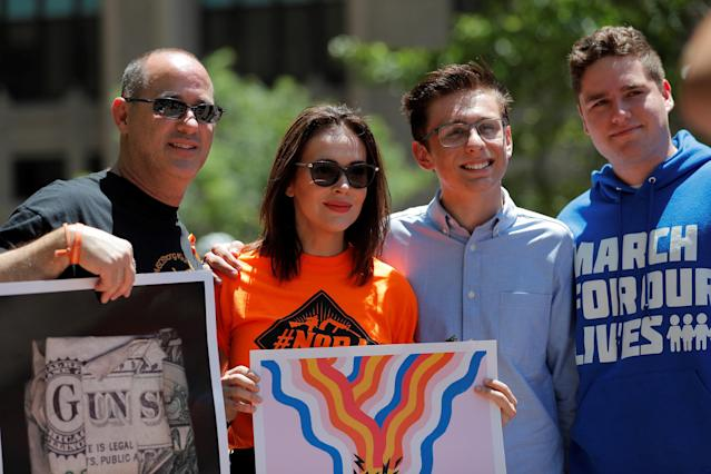 Alyssa Milano appears with gun control advocates during a protest outside of the annual NRA convention in Dallas on May 5, 2018. (Photo: Lucas Jackson/Reuters)