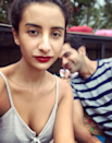 <p>No boby likes getting photobombed, but we can forgive a photobomber like this, can't we? Just look at sly smile… it takes the art photobombing to a whole new level. </p>