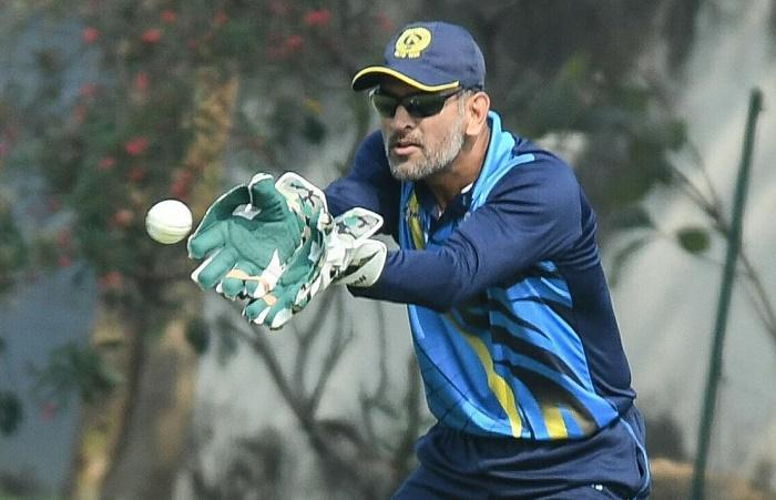 Dhoni-led Jharkhand qualify for Vijay Hazare Trophy knockout