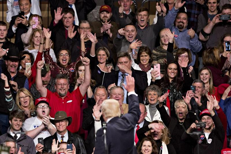 12_14_Trump_Crowd_01