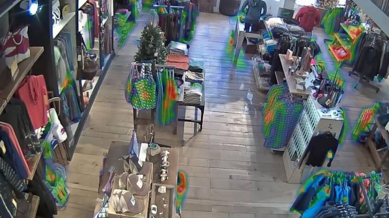 Retailers Snooping on Holiday Shoppers Raises Privacy Concerns