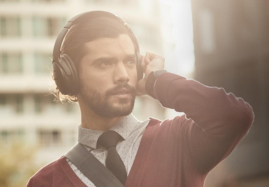 These Bose's premium noise-canceling headphones are on sale for $199. (Photo: Bose)