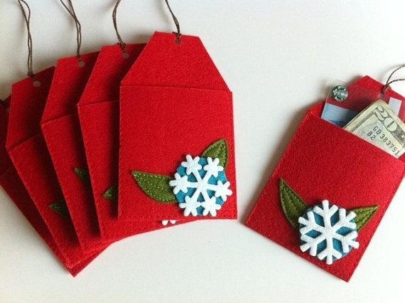 """<p>If you like to get crafty, but you don't have the means to crochet a whole afghan for each of your grandchildren, why not put some of your skills to work with this adorable gift card envelope? Afterward, your gift receiver could use it to hold change, jewelry, or even … more gift cards. <i>(Photo: <a href=""""https://www.etsy.com/shop/claraiuribe?ref=l2-shopheader-name"""" rel=""""nofollow noopener"""" target=""""_blank"""" data-ylk=""""slk:Claraiuribe"""" class=""""link rapid-noclick-resp"""">Claraiuribe</a> via Etsy)</i></p>"""