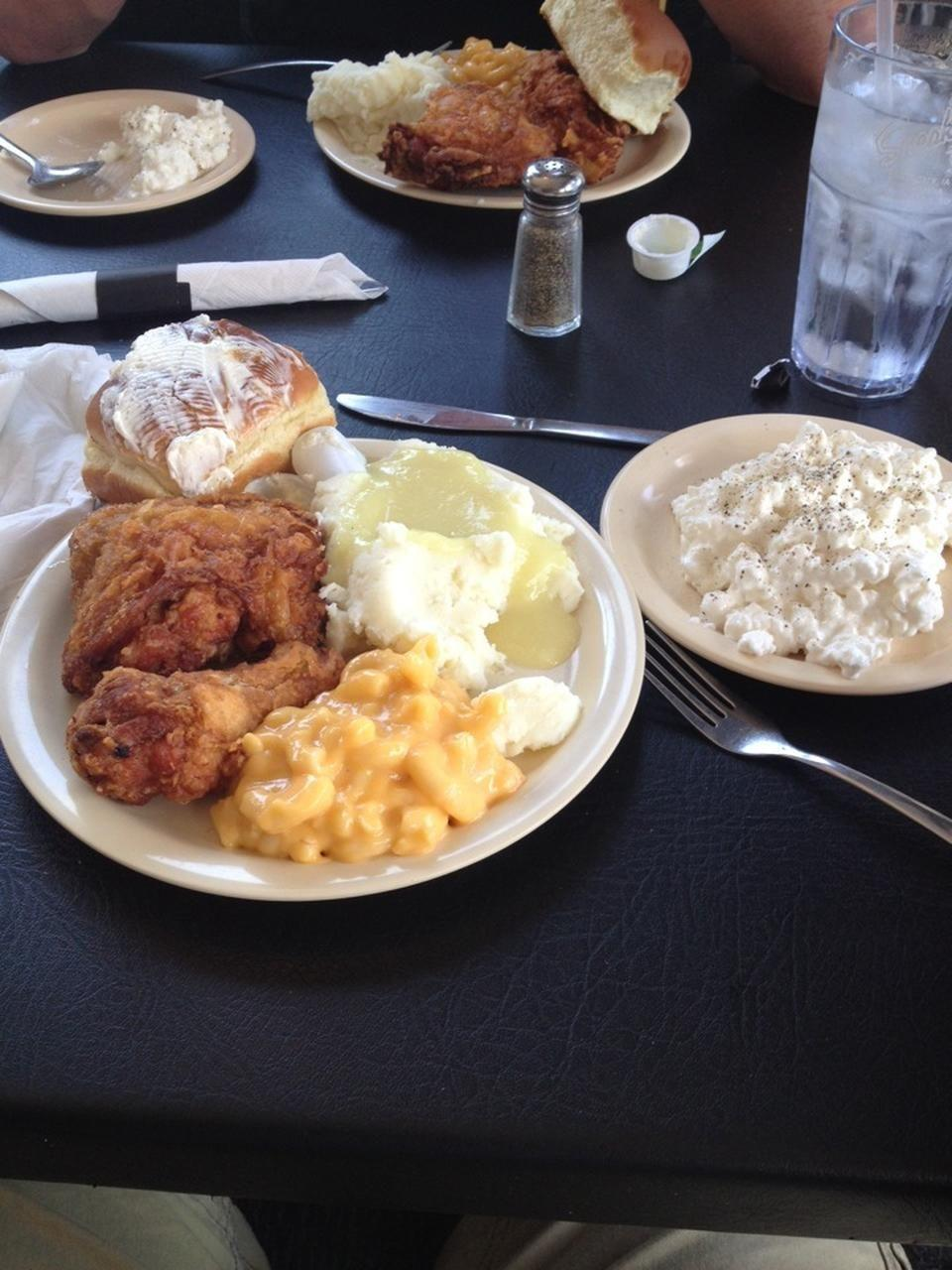 """<p><a href=""""https://www.tripadvisor.com/Restaurant_Review-g54805-d3519358-Reviews-Sneaky_s_Chicken-Sioux_Falls_South_Dakota.html"""" rel=""""nofollow noopener"""" target=""""_blank"""" data-ylk=""""slk:Sneaky's Chicken"""" class=""""link rapid-noclick-resp"""">Sneaky's Chicken</a>, Sioux Falls</p><p>Best chicken in town and they have the best gravy for your fries! - Foursquare user <a href=""""https://foursquare.com/wicklessmolly"""" rel=""""nofollow noopener"""" target=""""_blank"""" data-ylk=""""slk:Wicklessmolly"""" class=""""link rapid-noclick-resp"""">Wicklessmolly</a></p>"""
