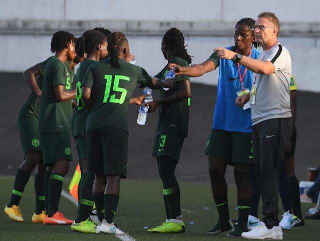Nigeria head coach Thomas Dennerby coached his home nation Sweden between 2005-2012 (AFP Photo/ISSOUF SANOGO)