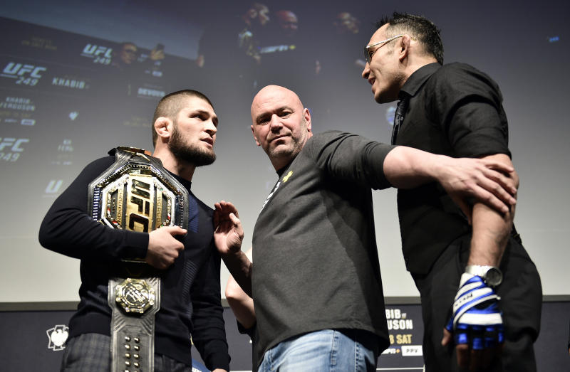 (L-R) Opponents Khabib Nurmagomedov and Tony Ferguson face off during the UFC 249 press conference at T-Mobile Arena on March 06, 2020 in Las Vegas, Nevada.