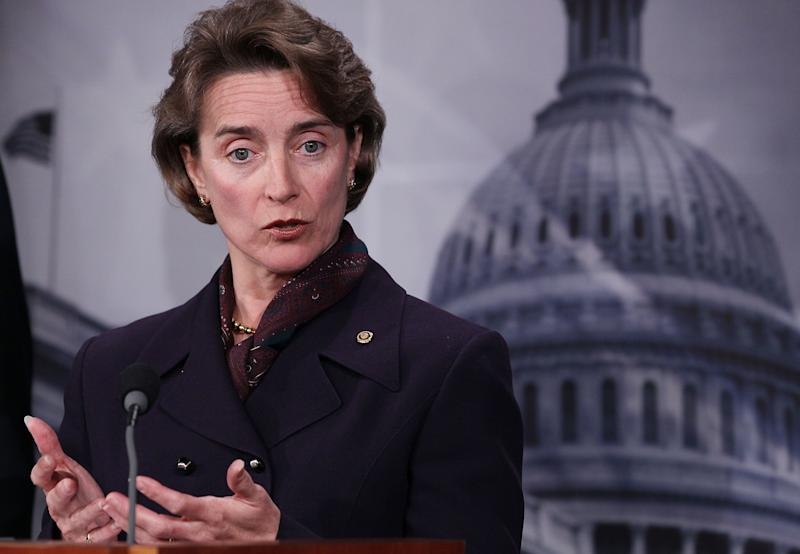 """<a href=""""http://www.senate.gov/artandhistory/history/common/briefing/women_senators.htm""""><strong>Served from:</strong></a> 1999-2011 Sen. Blanche Lincoln (D-Ark.) participates in a news conference on Capitol Hill on April 20, 2010 in Washington. (Photo by Mark Wilson/Getty Images)"""