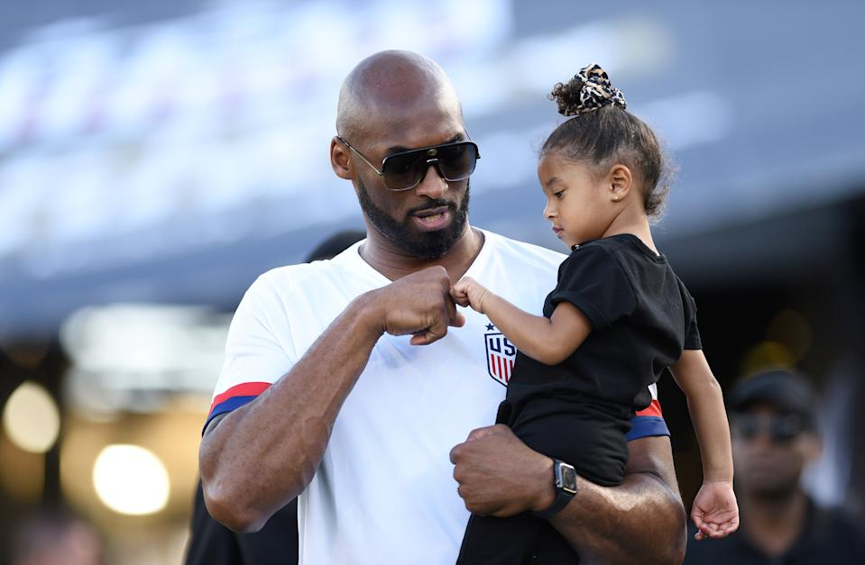 """Proud """"girl dad"""" Kobe Bryant shares a moment with daughter Bianka Bella."""