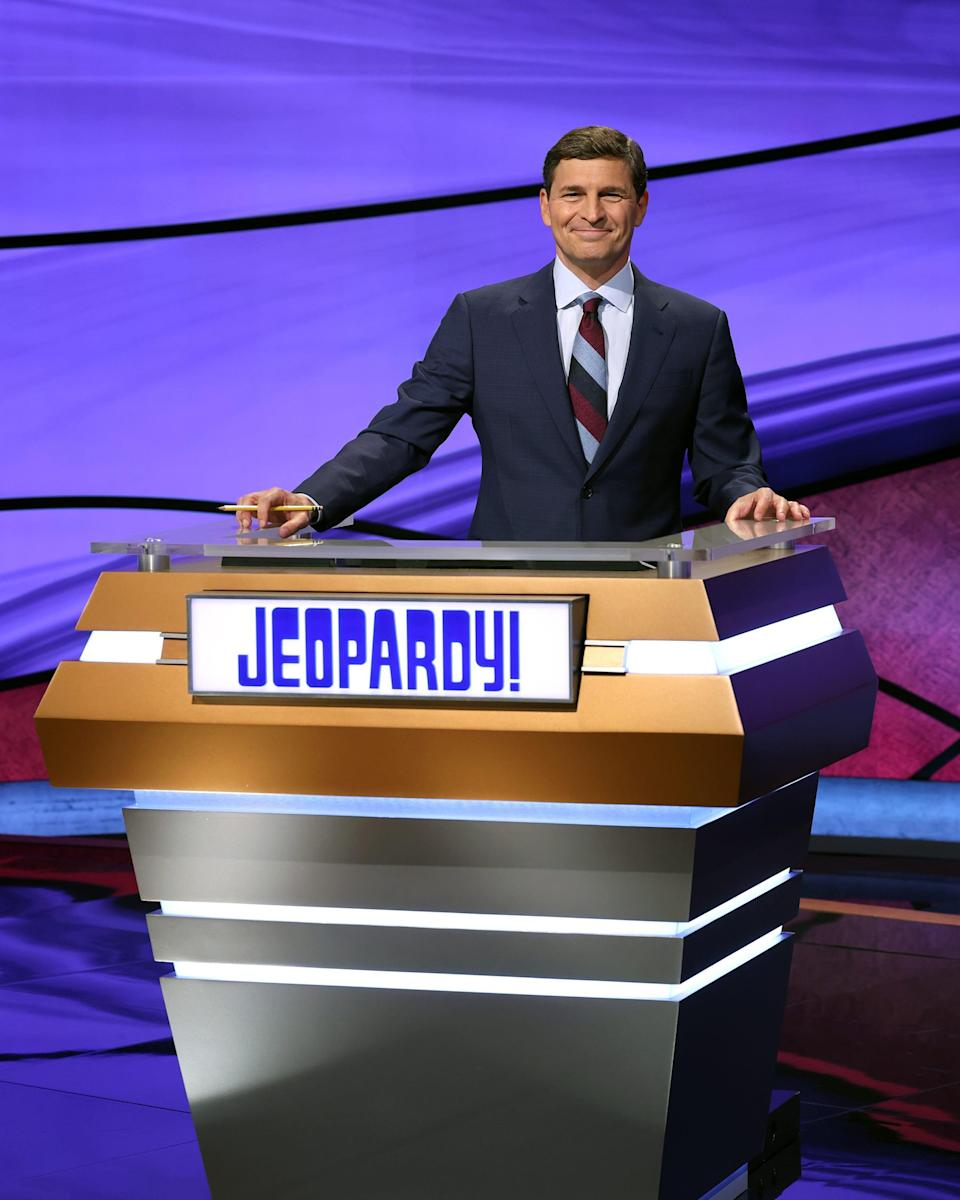 """CNBC host David Faber trades stocks for smaller dollar amounts in his stint guest-hosting """"Jeopardy!"""""""