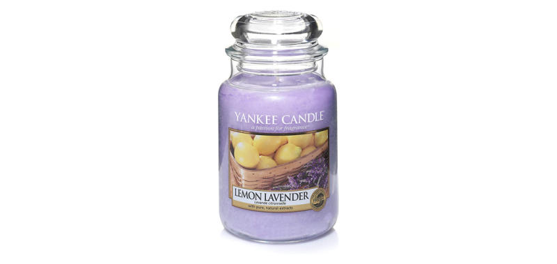 Yankee Candle Large Jar Candle in Lemon Lavender (PHoto: Amazon)