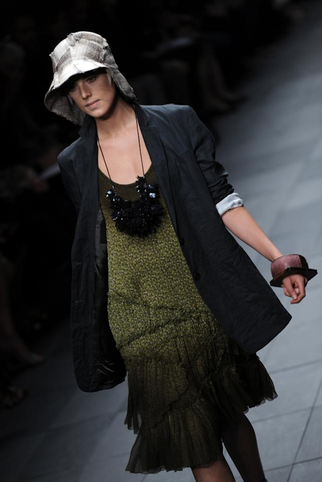 A model presents a creation for Burberry, part of the women's Spring/Summer 2009 ready-to-wear collections of the fashion week in Milan on September 22, 2008.