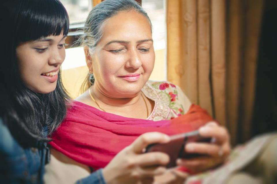 In India, young people are teaching older people how to use new technologies to stay in contact with their families and doctors.