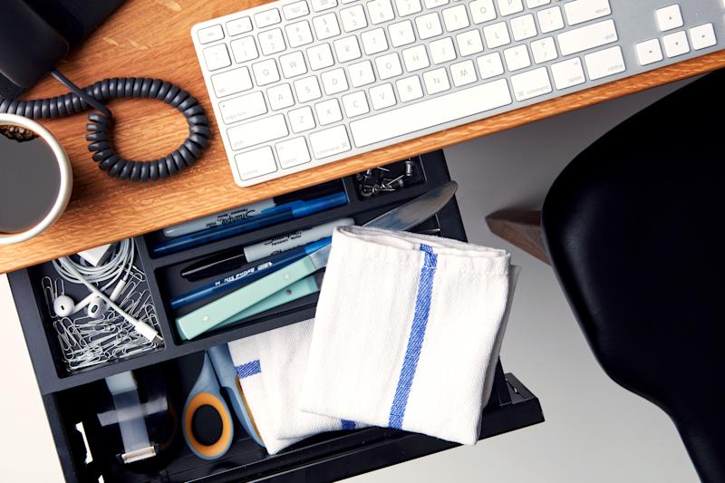 Why You Should Always Have Cloth Napkins At Your Desk