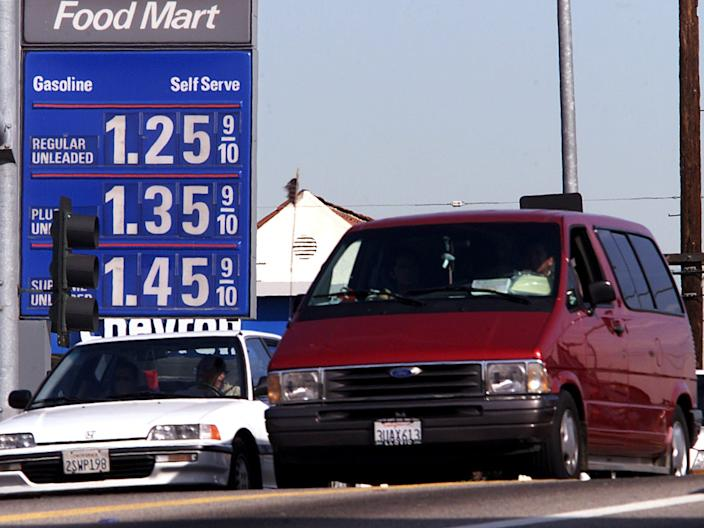 Gas prices in California, 2002