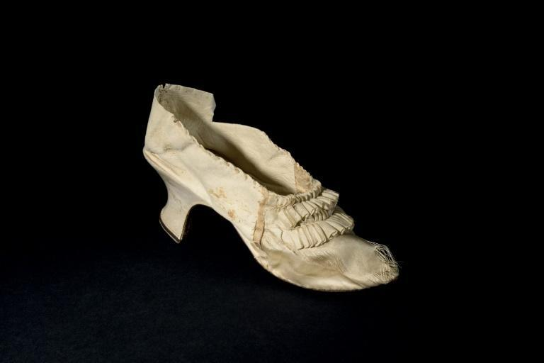 The 22.5 centimetre-long (8.8-inch) shoe is roughly equivalent to a European size 36